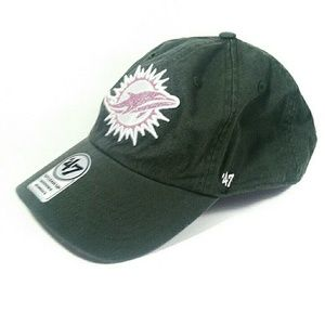 NWT Women's Dolphin's Hat (NFL) 47 Clean Up